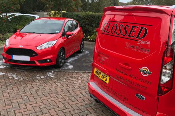 washngloss-red-van-with-red-car